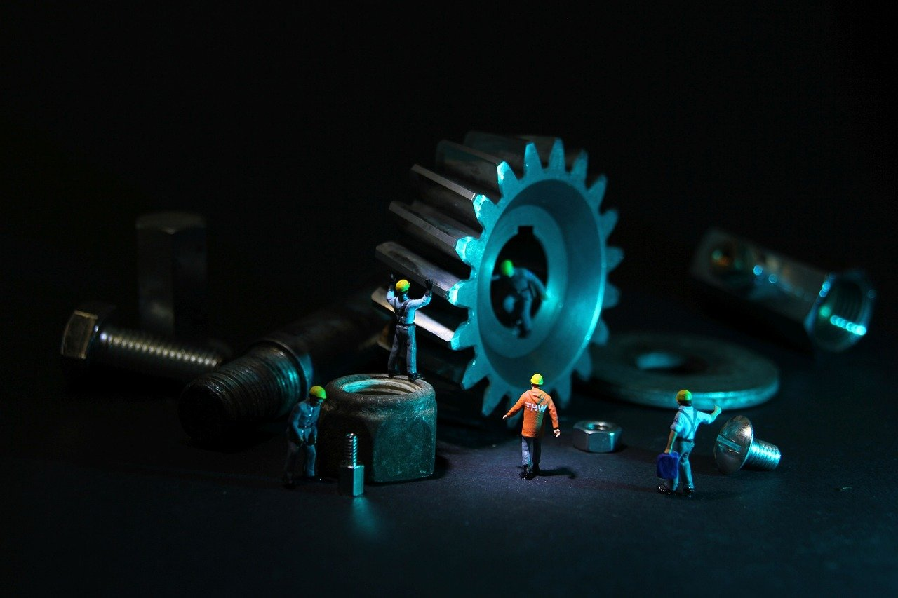 mechanical engineering, gear, miniature figures-2993233.jpg